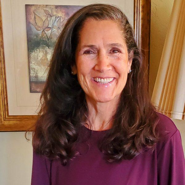 Dr. Janet Castaños
